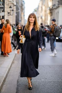 Minimalist outfit idea. The 2019 trend women will wear. #fashion#style