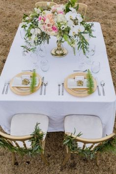 Champagne and Blush Hued Styled Shoot - Style Inspired Weddings King Photography, Beautiful Table Settings, Blush And Gold, Drip Cakes, The Perfect Touch, Place Settings, Tablescapes, Hue, Greenery