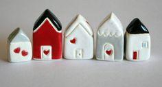 Mini mini evler Mini objeler hakkında bilgi almak için dm den ulaşabilirsiniz  #minyatür #teraryum #oyunevi #miniobjeler #dekoratifev #büyüklereoyuncak #dollhouse #kişiyeözelhediye #minikmutluluklar #Miniature #maisondepoupee #doll #instadoll...
