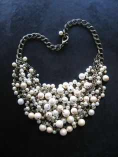 This would make a great brides necklace!