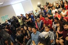 Students in Arizona listen to news of new Obama immigration policy