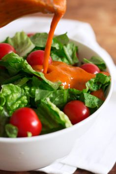 Roasted Red Pepper Vinaigrette: A naturally sweet, healthy salad dressing that is easy to make in less than 30 mins. This recipe is paleo, vegan, dairy free, and low carb/keto! Heart Healthy Recipes, Healthy Dinner Recipes, Dog Recipes, Keto Recipes, Free Recipes, Chicken And Shrimp Pasta, Vegetarian, Paleo Vegan, Paleo Dairy