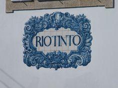 Painel de Azulejos: Nome da Estação - Rio Tinto   Flickr – Compartilhamento de fotos!