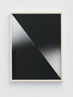 Sebastian Wickeroth, untitled, Sprühfarbe auf Glas, 47 x 35 cm, 2015
