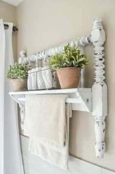 Simple and Ridiculous Ideas Can Change Your Life: Shabby Chic Bedroom Furniture shabby chic frames mason jars.Home Decor Shabby Chic Ideas. Plywood Furniture, Diy Pallet Furniture, Furniture Ideas, Paint Furniture, Antique Furniture, Furniture Design, Marcos Shabby Chic, Yellow Home Accessories, Bathroom Accessories