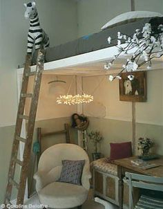 great space-saving idea for kids' room