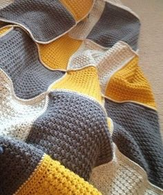 Beautiful color combination in this crochet blanket. Perfect!