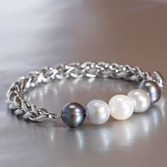 Metal, meet Pearls. Shop Honora Pearl Jewelry online now at QVCUK For the lucky ones over in the UK, we will be on air twice today! (3pm & 9pm). Join us and tell us what your favorite pieces are! #PearlsThatGoWith #InternationalWaters #Showtime #QVCUK #Pearls #HonoraPearls #PearlJewelry