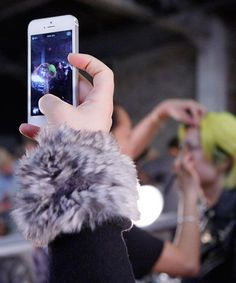 How luxury fashion brands are doing social media all wrong