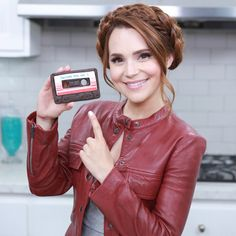 Rosanna Pansino makes Guardians of the Galaxy Cassette Cookies Rosanna Pansino Nerdy Nummies, How To Make Stars, Chocolate Sugar Cookie Recipe, Cute Youtubers, Guardians Of The Galaxy Vol 2, Sexy Geek, Star Lord, Geek Gifts, Mixtape