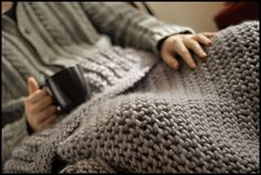 Love the chunky throw blanket!  brooklyntweed.blo...  free on Ravelry