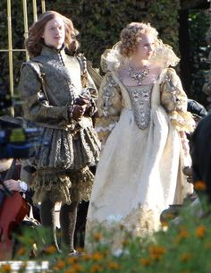 the three musketeers 2011 costumes; King Louis and Queen Anne