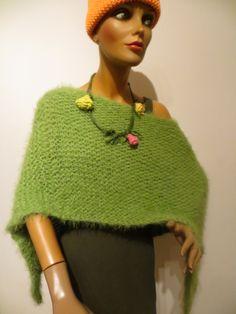 handmade poncho, green, Merino, Kidmohair, microfaser Knitted Poncho, Straw Bag, Pullover, Knitting, Green, Sweaters, Handmade, Bags, Fashion