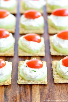 Cucumber Dill Spread Appetizers #TriscuitSnackoff