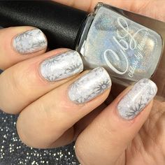Colors by llarowe Chasing A Unicorn stamped with Colour Alike Silverking using Moyou London Enchanted 16 plate. Photo from orely51