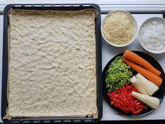 Ruokaisa gluteeniton kasvispiirakka   Himoleipuri 200 Calories, Cobb Salad, Grains, Food, Essen, Meals, Seeds, Yemek, Eten