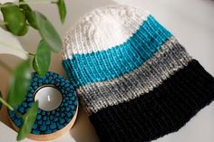 neulottu pipo ohje Knitted Hats, Knitting, Clothes, Style, Fashion, Cold, Outfits, Swag, Moda