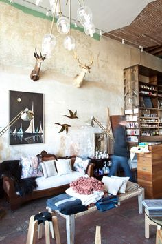 When our Oakland-based architect friend Ian Read of Medium Plentytold us about his firm's latest project, Neighbor, we went shopping. How could we no
