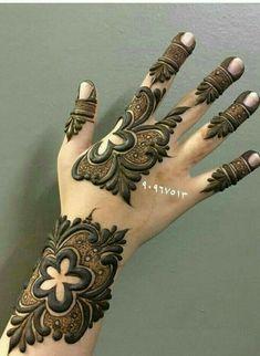 Khafif Mehndi Design, Rose Mehndi Designs, Back Hand Mehndi Designs, Mehndi Design Pictures, Modern Mehndi Designs, Mehndi Designs For Girls, Mehndi Designs For Beginners, Wedding Mehndi Designs, Mehndi Designs For Fingers