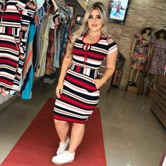 Plus size outfits Curvy Girl Fashion, Modest Fashion, Plus Size Fashion, Fashion Dresses, Womens Fashion, Dresses Dresses, Sexy Evening Dress, Moda Plus, Stripes Fashion