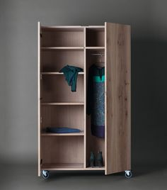 Download the catalogue and request prices of Sc49 | wooden wardrobe By janua, wooden wardrobe