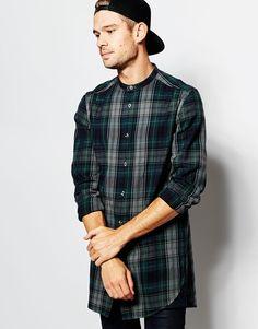 Hemd von ASOS Baumwoll-Flanell Grandad-Kragen Knopfleiste abgerundeter Saum langer Schnitt länger als reguläre Länge Maschinenwäsche 100% Baumwolle Model trägt Größe M und ist 183 cm/6 Fuß 0 Zoll groß