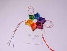Quilling Paper Flower - DIY Favor | Rainbow Flower | Martisoare Handmade 2018 Quilling - Circul Magic Quilling Work, Quilling Flowers, Paper Flowers Diy, Paper Quilling, Origami Paper, Diy Paper, Quiling Paper, Rainbow Flowers, 8 Martie