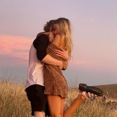 Relationship Goals Pictures, Cute Relationships, Cute Couples Goals, Couple Goals, Parejas Goals Tumblr, Teenage Couples, The Love Club, Teen Romance, Couple Aesthetic