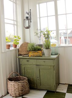 For the country cottage Rustic Decor, Farmhouse Decor, Rustic Cottage, Farmhouse Style, Glass Porch, Green Cabinets, Cozy Corner, Decoration, Painted Furniture