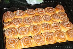 Beste Kuchen: Cinnamon Rolls with Cream Cheese Frosting Frosting Recipes, Cake Recipes, Diabetic Recipes, Cooking Recipes, Sweet And Sour Cabbage, Czech Recipes, Sweet Cookies, Hungarian Recipes, Sweet And Salty