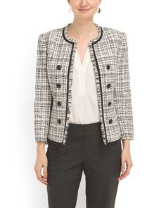 new Ideas for fashion hijab jacket 60 Fashion, Blazer Fashion, Work Fashion, Chanel Fashion, Autumn Fashion, Chanel Style Jacket, Chanel Coat, Boucle Jacket, Tweed Jacket
