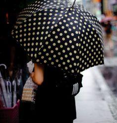 Black and white polka dot umbrella. Cute Umbrellas, Umbrellas Parasols, Walking In The Rain, Singing In The Rain, Mode Lookbook, Under My Umbrella, White Umbrella, Bubble Umbrella, No Rain