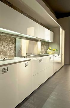 Light colors of Villa Giulia by Fendi Casa Ambiente Cucina, September 2014 edition, Luxury Living Group #kitchen:
