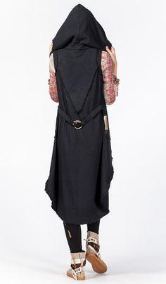 Удлиненный жилет из плотного хлопка ChintaMani, готичный стиль, авторская одежда. 5820 рублей купить:  http://indiastyle.ru/products/zhaket-charodejka