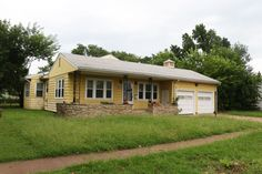 """#Auction - August 29th @ 2:00 PM - 1916 S. TOPEKA AVE. WICHITA, KS 67211- NO MINIMUM, NO RESERVE!!! 3-Bedroom, 2-Bath home with a 2-car (22'6""""x28'8"""") attached garage, detached heated 24'x30' garage/outbuilding and storage shed..."""