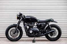 Macco Motors' Blacked-Out Triumph Bonneville Is A Stealthy Beast Indian Motorcycles, Triumph Motorcycles, Triumph Scrambler, Triumph Bonneville T120, Mv Agusta, Ducati, Yamaha, Bobber, Motocross