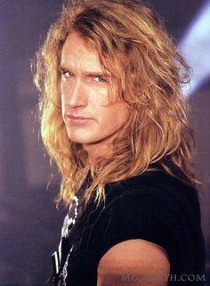 Dave Ellefson, bassist of Megadeth Thrash Metal, David Ellefson, Redhead Men, Angeles, 80s Hair Bands, Dave Mustaine, Famous Musicians, Long Black Hair, Nikki Sixx