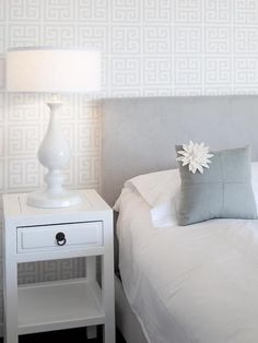 Geometric patterns are wonderful trends in decorating that look classy and contemporary