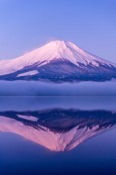 Morning Fuji by shinichiro* Monte Fuji, Mountain Photography, Landscape Photography, Travel Photography, Beautiful World, Beautiful Places, Fuji Mountain, Paradise On Earth, Japan Photo
