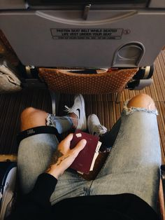 The best travel inspiration in Passporter Travel Tips, Travel Destinations, Cheap Travel, Adventure Travel, Travel Inspiration, Traveling By Yourself, Good Things, Tights, Road Trip Destinations