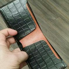 Crocodile embossed leather bifold wallet -original design
