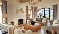 Olasz lakberendezés - Hamisítatlan olasz mediterrán villa elegáns, modern részletekkel