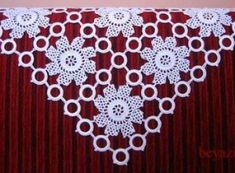 Halkalı Dantel Örtü Örnekleri 2016 Bead Crafts, Diy Crafts, Crochet Table Runner, Table Runners, Tapestry, Pune, Beads, Shawls, Couture