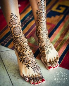 30+ Beautiful Feet & Leg Mehendi Designs for the 2018 Bride: Editor's Picks