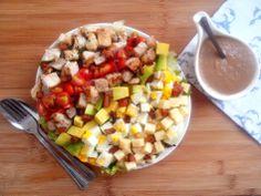 CobbSalad_CozinhandoPara2ou1 Salada Cobb, Salad Recipes, Healthy Recipes, Pasta, Light Recipes, Cobb Salad, Fitness Diet, Bacon, Natural