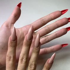 Ongles Louboutin - Rebel Without Applause Edgy Nails, Funky Nails, Stylish Nails, Swag Nails, Grunge Nails, Halloween Acrylic Nails, Summer Acrylic Nails, Best Acrylic Nails, Summer Nails