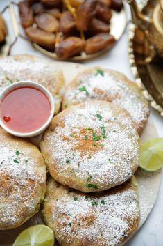 Ras El Hanout, Hamburger, Yummy Food, Lunch, Homemade, Recipes, Breads, Dish, Turmeric