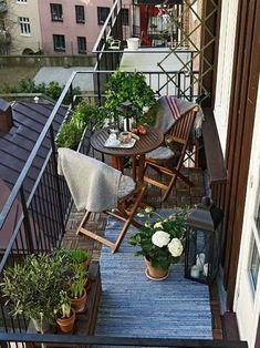 55 Ideas For Apartment Patio Decor Tiny Balcony Small Tables Small Balcony Design, Small Balcony Garden, Small Balcony Decor, Small Patio, Small Terrace, Small Balconies, Balcony Plants, Balcony Chairs, Outdoor Balcony