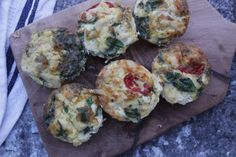 EGG MUFFINS Natural Born Feeder, Come Dine With Me, Egg Muffins, Meal Prep, Breakfast Recipes, Veggies, Healthy Eating, Healthy Recipes, Meals
