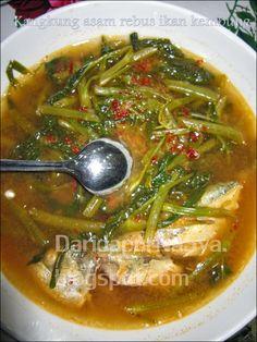 Dari Dapur NaSya: Kangkung asam rebus ikan kembung